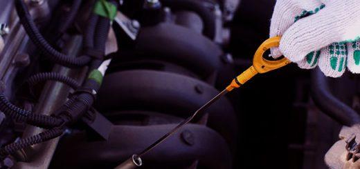 Перелив масла в двигатель: опасно ли это для мотора и стоит ли беспокоиться?